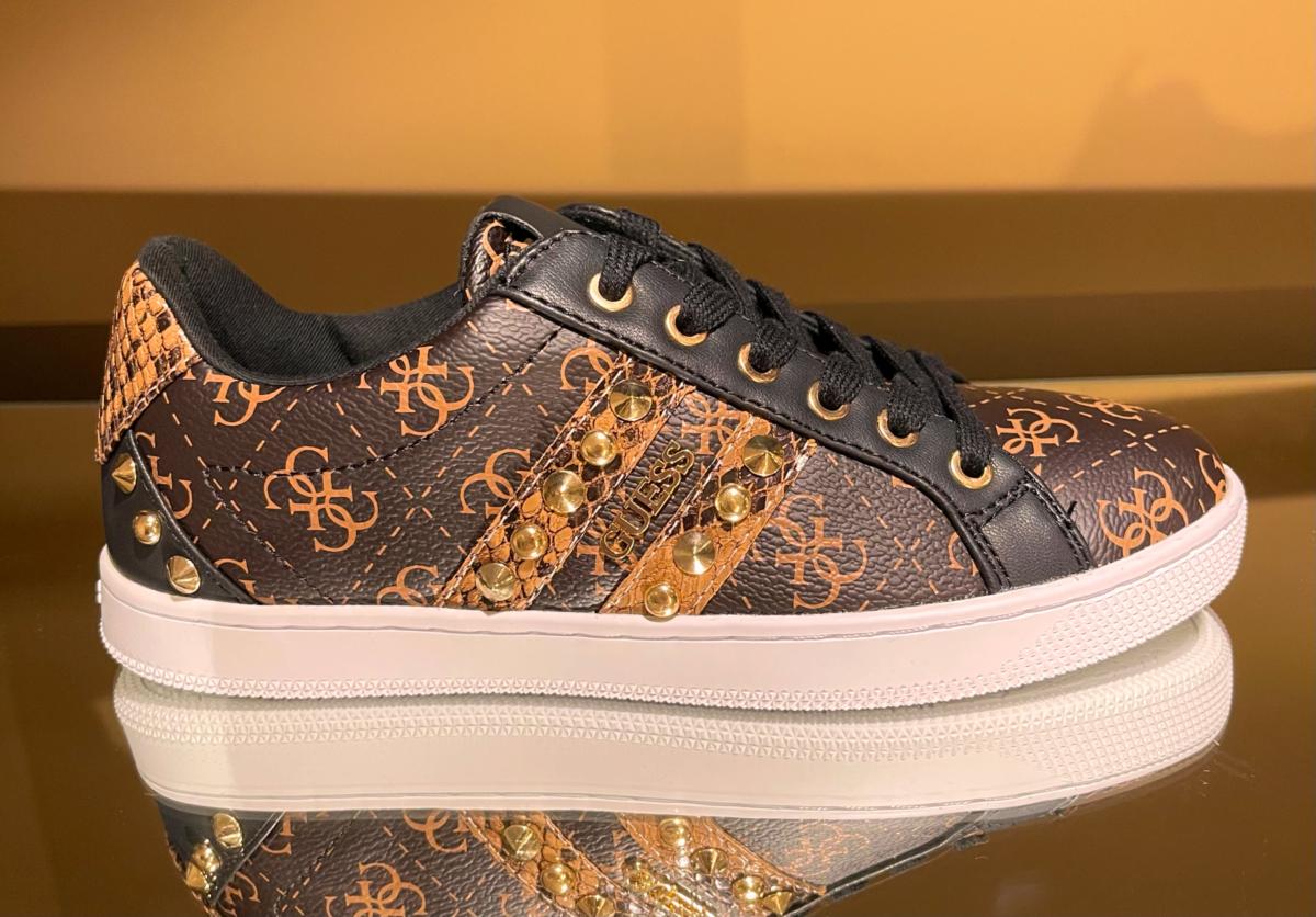 Guess sneakers bruin print