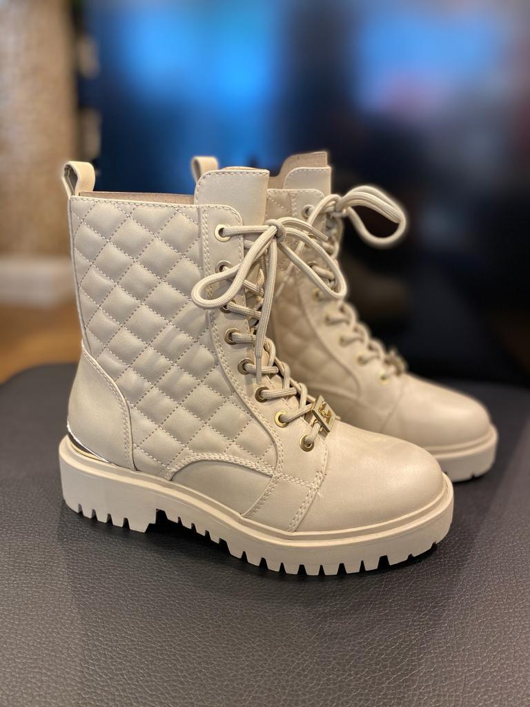 Nieuwe Guess boots beige New