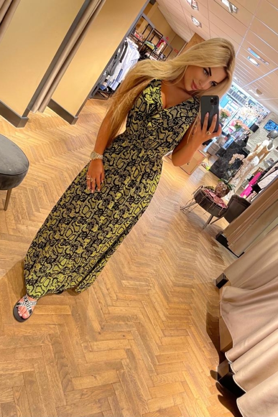 Nikkie Maxi dress 🐍 New