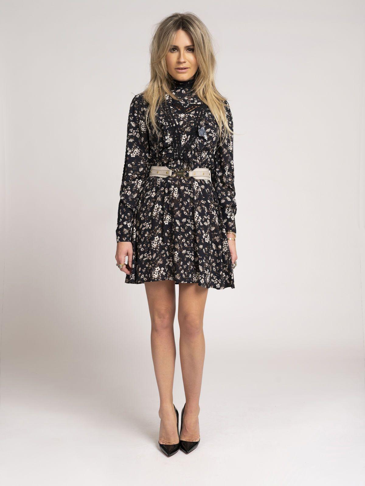 NIKKIE  TAPE FLOWER DRESS BLACK