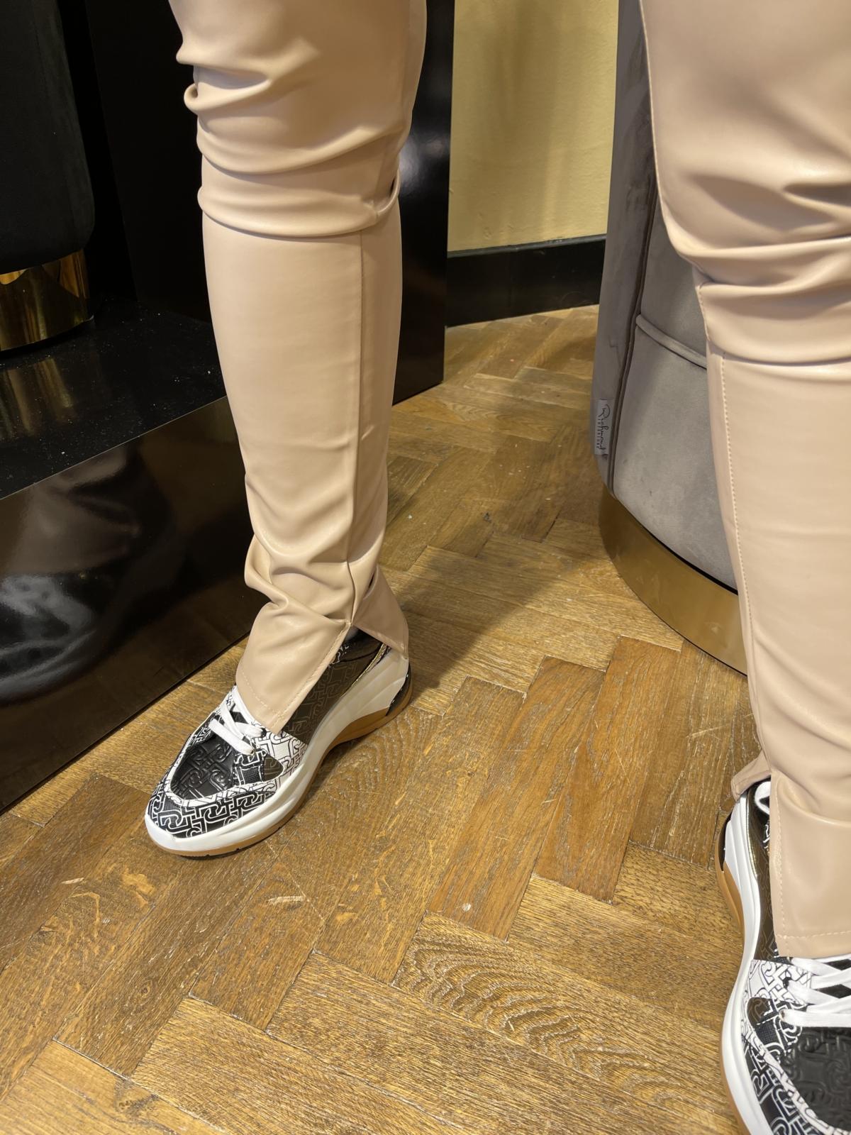 Esmee look a like leatherpants beige
