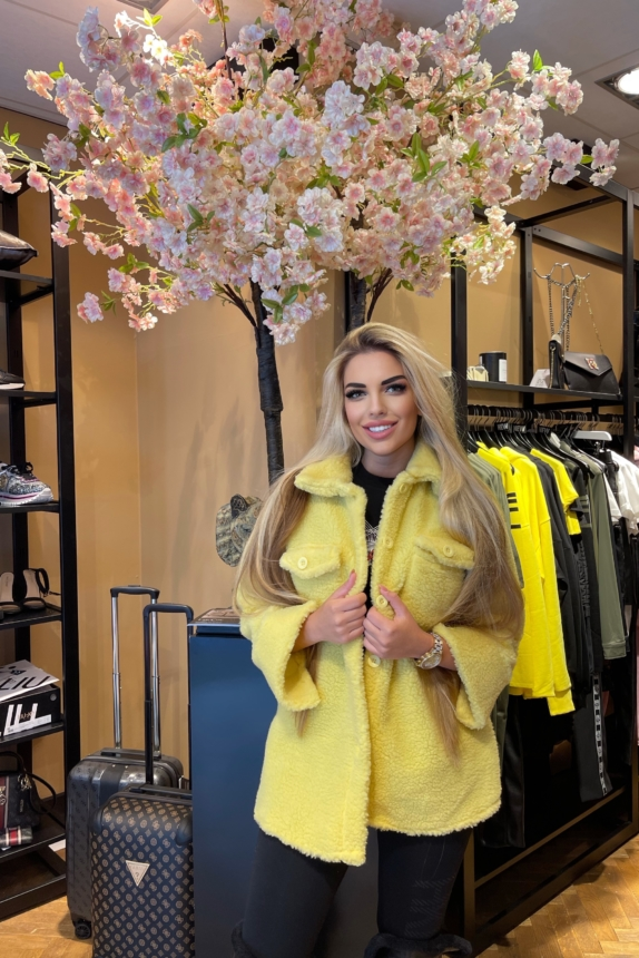 Sharon Coat  Model NEW