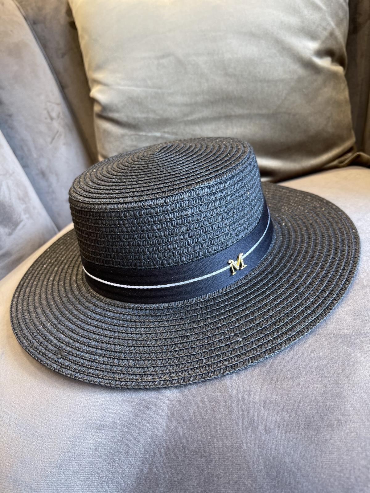 Esme hoed zwart